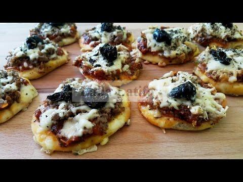 Pizzas individuelles à la pâte à mayonnaise اروع بيتزا فرديه باروووع عجين