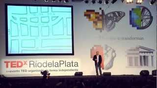 Mis alumnos y las calles del pueblo | Miguel Ángel Risso Patrón | TEDxRíodelaPlata