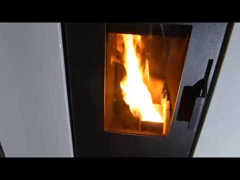Pulire il vetro della stufa a pellet biomassa cs thermos tesi h2o a cippatino 100 youtube - Pulire stufa a pellet ...