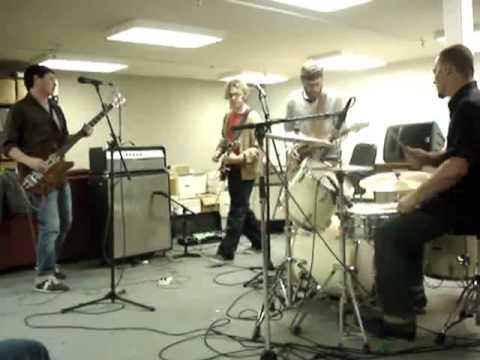"The High Seas / ""Threads"" / 11.20.09 / Harvard Radio"