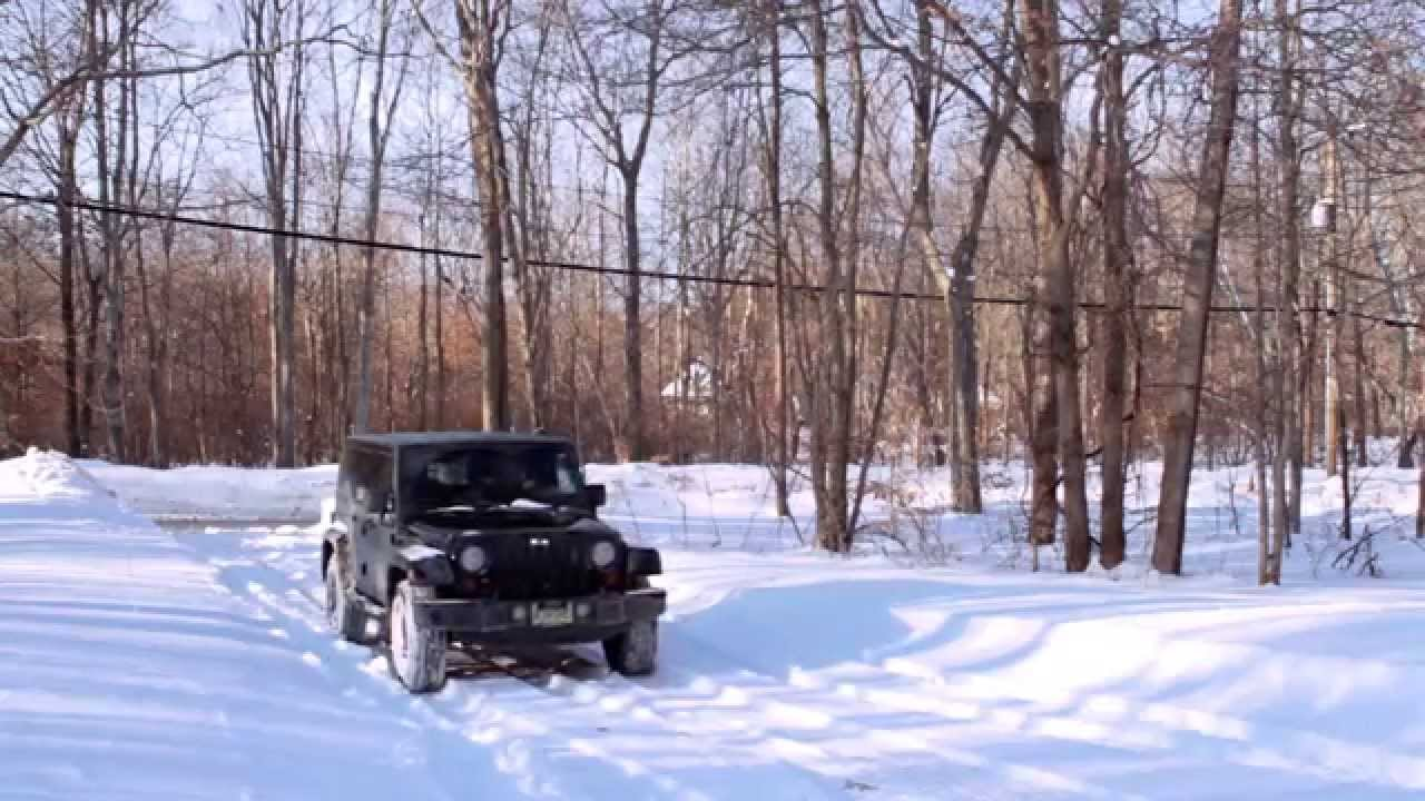 how to drive your jeep wrangler with 4wd in the snow youtube. Black Bedroom Furniture Sets. Home Design Ideas