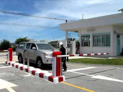 Gate barrier system 002