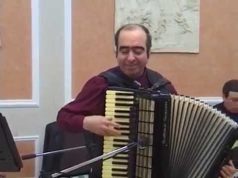 Армянский Аккордеонист Артём Арутюнян - Молдавская Мелодия/Зартнир Лао