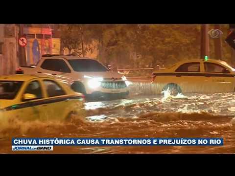 RJ: Chuva histórica causa transtornos e prejuízos