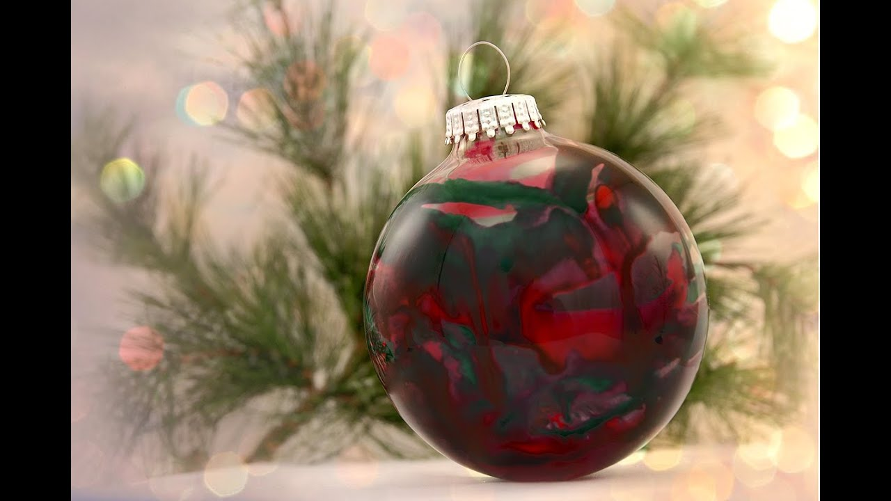 Making Christmas Ornaments With Crayons - How to make a crayon christmas ornament