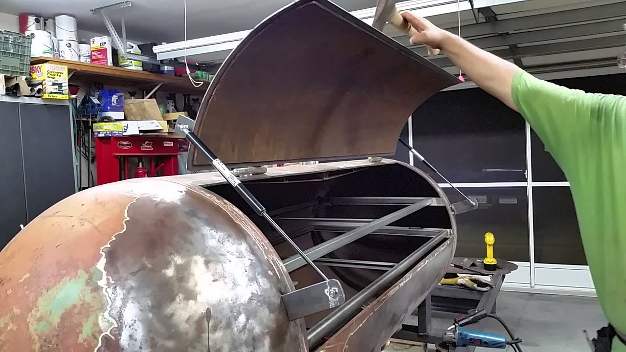 Gas spring smoker lid & Gas spring smoker lid - YouTube