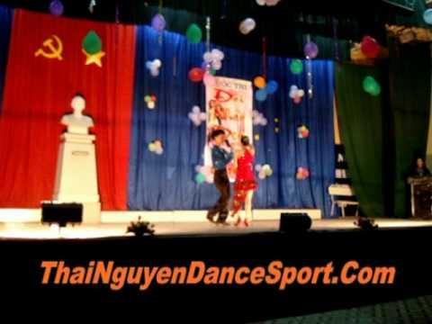 Mambo - Thi doi nhay dep - Dai Hoc Cong Nghiep Mo Rong 2010 - ThaiNguyenDanceSport.Com