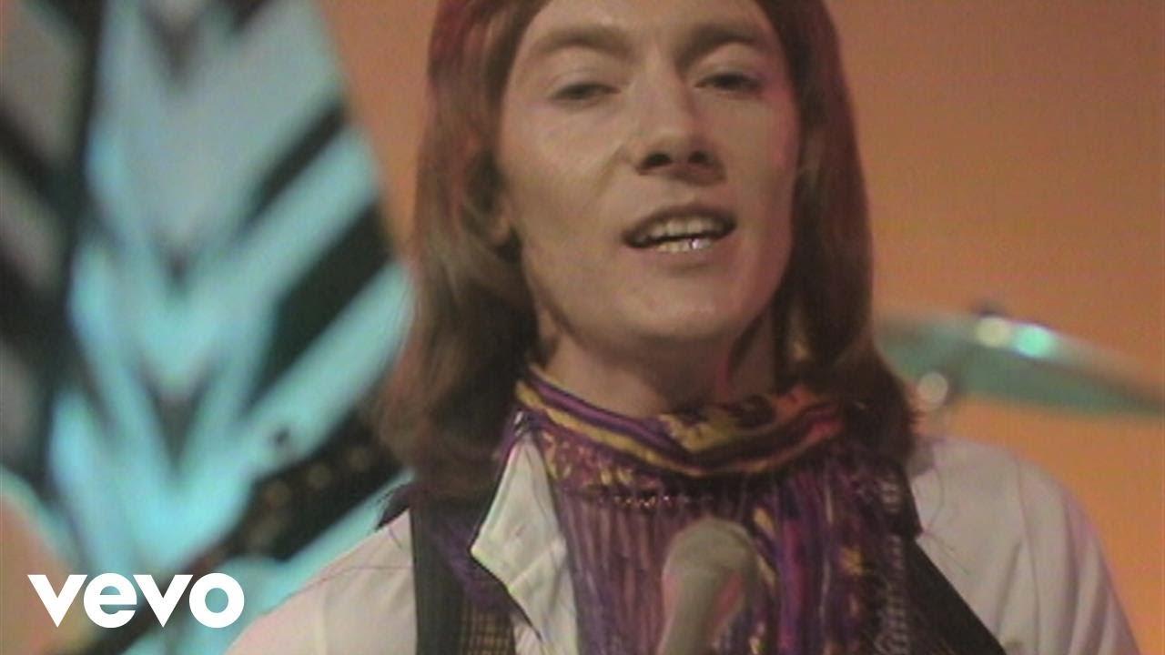smokie-needles-and-pins-bbc-basil-brush-show-29-10-1977-vod-smokievevo