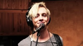 Repeat youtube video R5 | Counting Stars | Disney Playlist Sessions