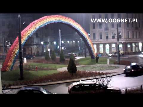 Nagranie Z Podpalenia Tęczy Na Placu Zbawiciela W Warszawie