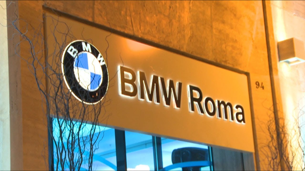 BMW Roma inaugura il primo BMW City Sales Outlet - YouTube