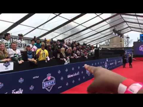 NFL Draft Red Carpet - Zennie Abraham Revs Up Crowd #NFLDraft