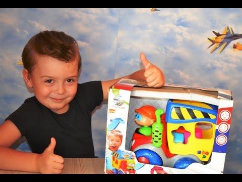 Распаковка и обзор интерактивной игрушки самосвал-сортер Cute Dump Truck (свет, звук) Глазастикиз YouTube · Длительность: 3 мин26 с