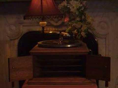 John McCormack - Fritz Kreisler - Serenade - Softly Through The Night Is Calling