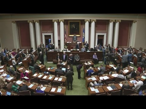 Fight Begins For Control Of Minnesota Legislature