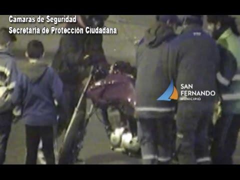 San Fernando: las Cámaras permiten recibir asistencia a motociclista que chocó contra un auto