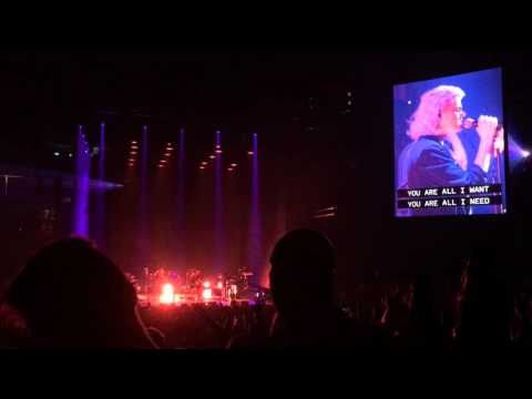 Hillsong United -  Street Called Mercy (Live at FedEx Forum)