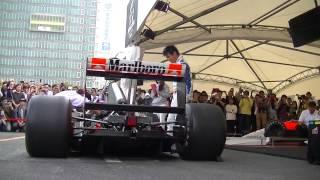 MSJ2014で佐藤琢磨がMcLaren Honda MP4/6のアクセルコントロールを担当...