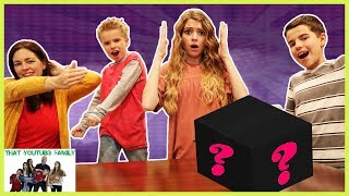 FAMilY GAME NiGHT With New MYSTERY Friend / That YouTub3 Family