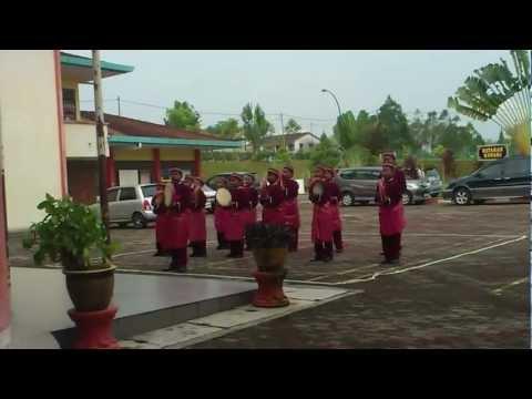 kumpulan kompang selawat Sek.Keb.Taman Selasih 2012