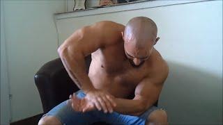 איך להיות שרירי וחזק?