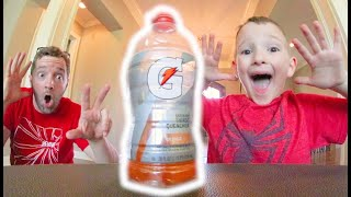 FATHER SON BOTTLE FLIPPING 4!
