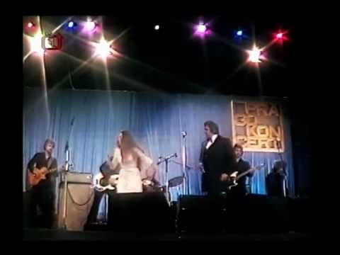 Johnny Cash živě ve sportovní hale v Praze 1978