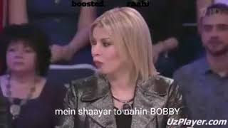 "Russian Boy Singing Bollywood Song ""Mein shaayar Toh Nahin"" 😍"