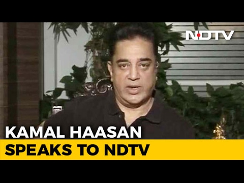 Kamal Haasan Backs Panneerselvam, Says 'Sasikala Reality Hurts Me'