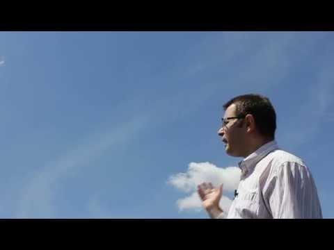 ¿Por qué el cielo es azul y no… Violeta?