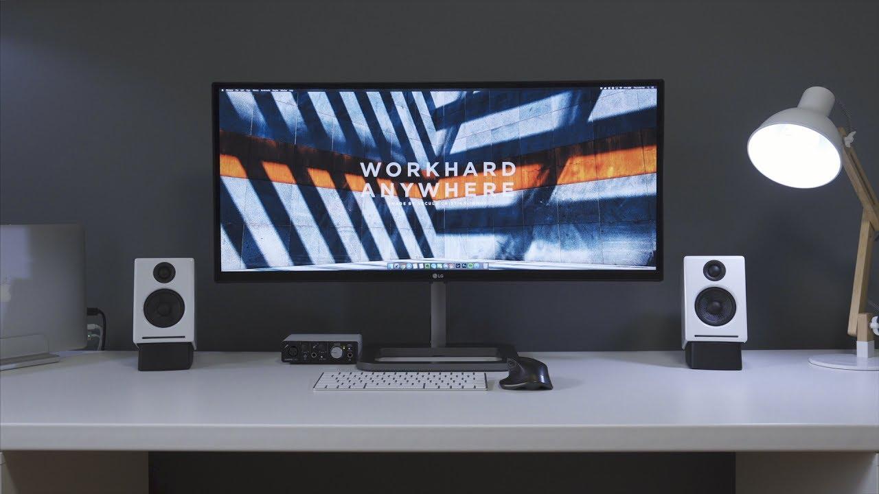minimalist desk setup tour 2017 youtube