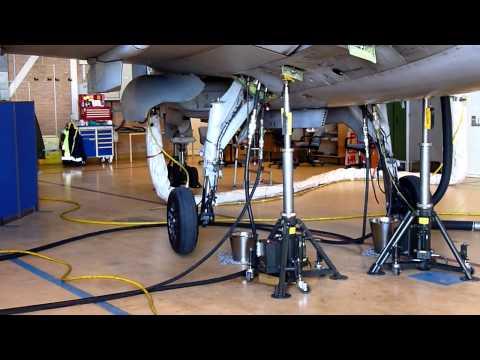Saab JAS 39 Gripen  landing gear sequence part 1