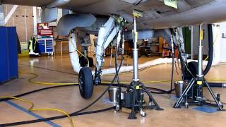 Saab JAS 39 Gripen  landing gear sequence part 1