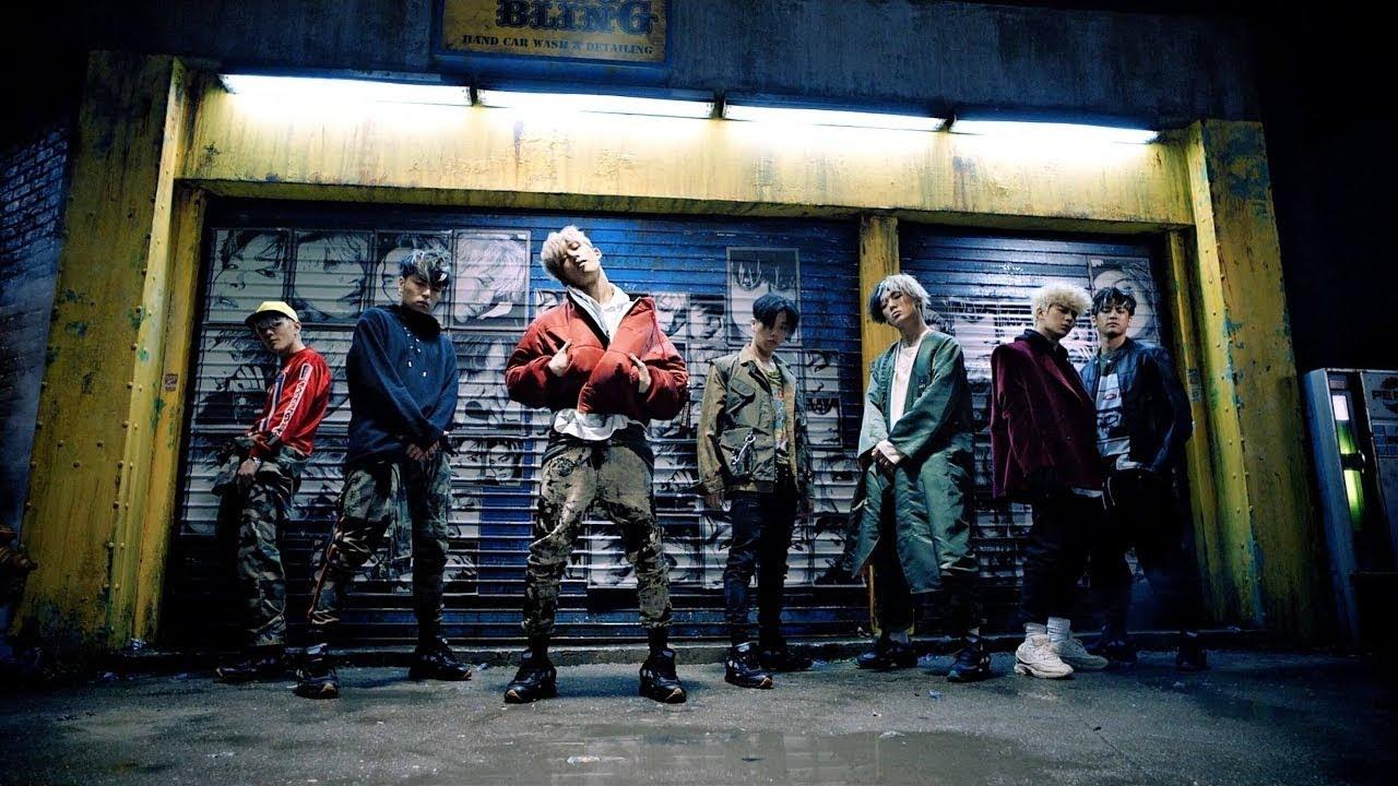 iKON - Bling Bling Japanese Ver  (LEFT) Korean Ver  (RIGHT) M/V