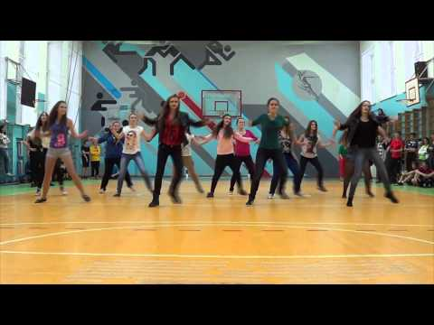 9c Flashmob dance