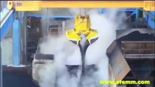 STEMM Amphibius Dual Scoop Motor Grab for Slag Granulate