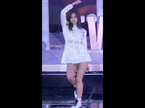 170217 트와이스 (TWICE) Touchdown [쯔위] Tzuyu 직캠 Fancam (1ST TOUR TWICELAND) by Mera
