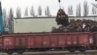 Osnabrück port railway  - scrap loading with train and ship