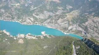 Grand vol sur Serre-Poncon : le grand lac des Alpes du Sud