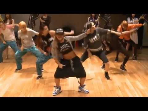 CL 'The Baddest Female' mirrored Dance Practice
