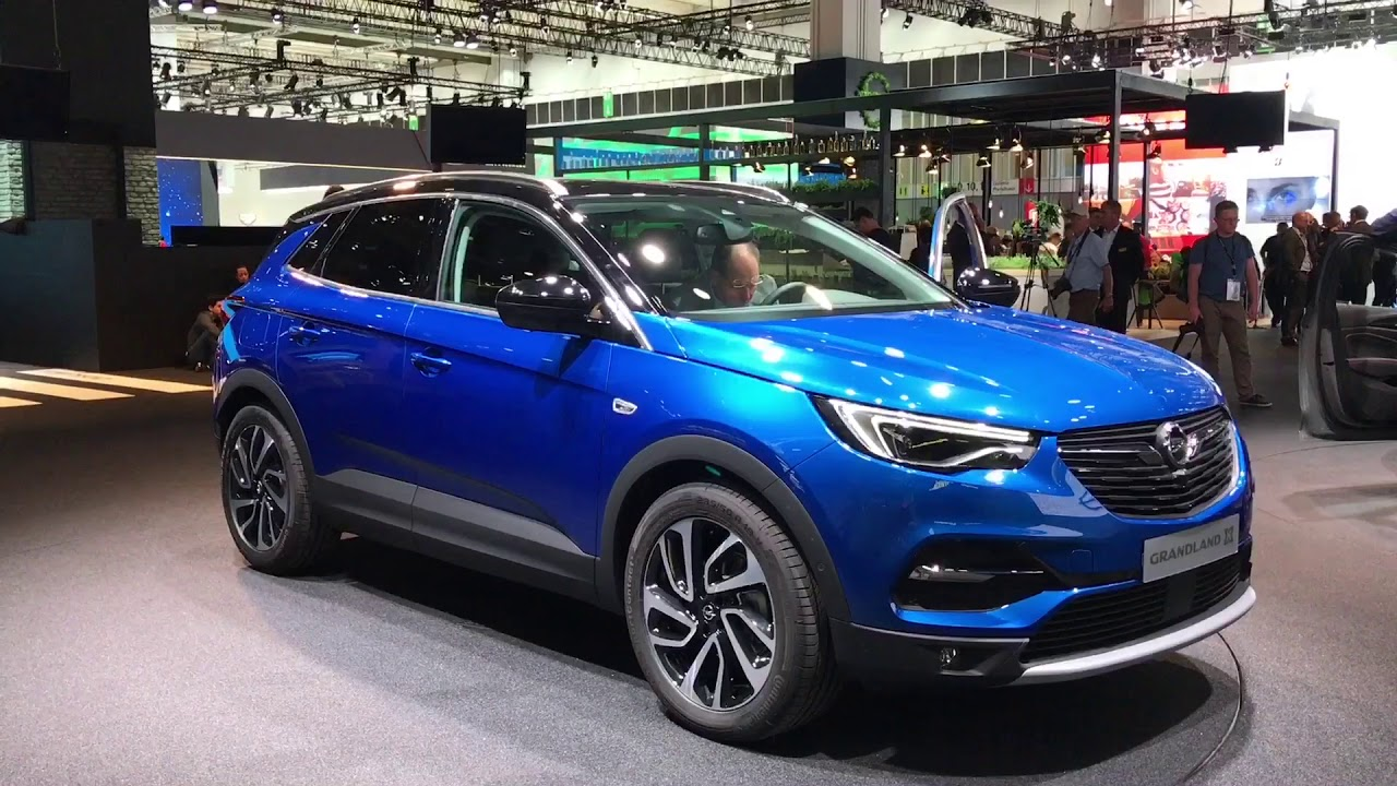 2018 opel grandland x suv walkaround at iaa 2017 in. Black Bedroom Furniture Sets. Home Design Ideas