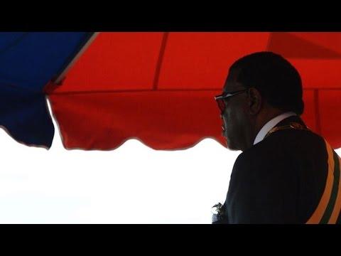 Namibie: le président Hage Geingob prête serment