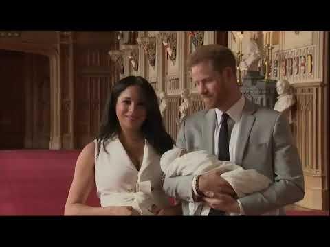 Принц Гарри и Меган Маркл впервые показали миру своего новорожденного сына