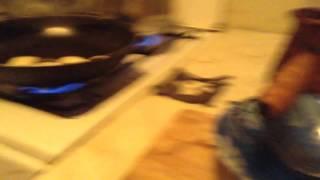 Как приготовить жареные пельмени