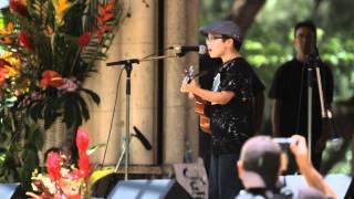 9 year old covers Bruno Mars' Grenade on Ukulele!!