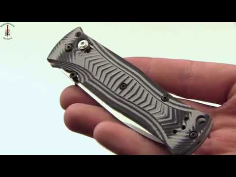 Benchmade 531 Hand Display with Deploy and 154CM steel by Benchmade knives