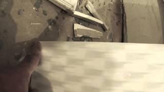 видео Как класть плитку на плитку – способы, технология и противопоказания