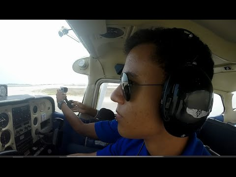 Cessna C172 - Startup, taxi, takeoff,touch and landing | GoP