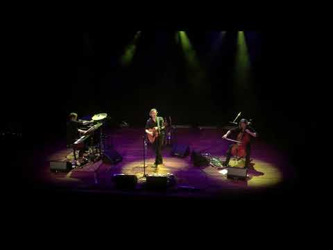 Tom McRae - The Boy With The Bubblegun live @ TivoliVredenburg Utrecht 14 september 2017