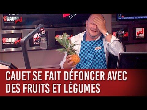 Cauet se fait défoncer avec des fruits et légumes - C'Cauet sur NRJ